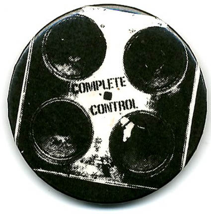Complete Control. Original UK badge (c. September 1977). The CLASH.
