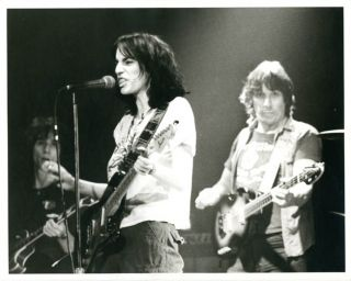 A group of 10 original 10x8 b/w photographs taken by David Arnoff of Patti Smith in performance...